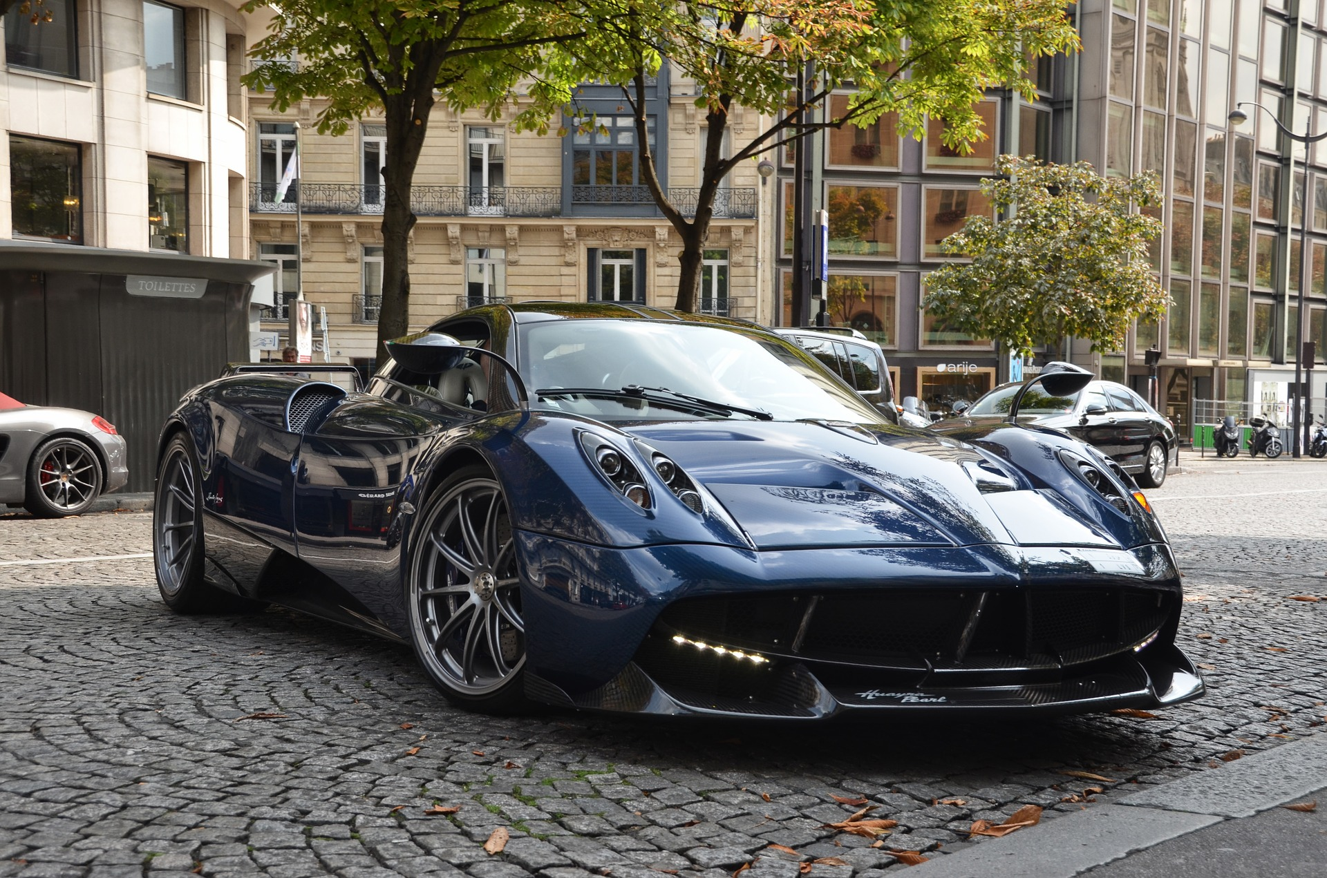 Pagani supercar lease
